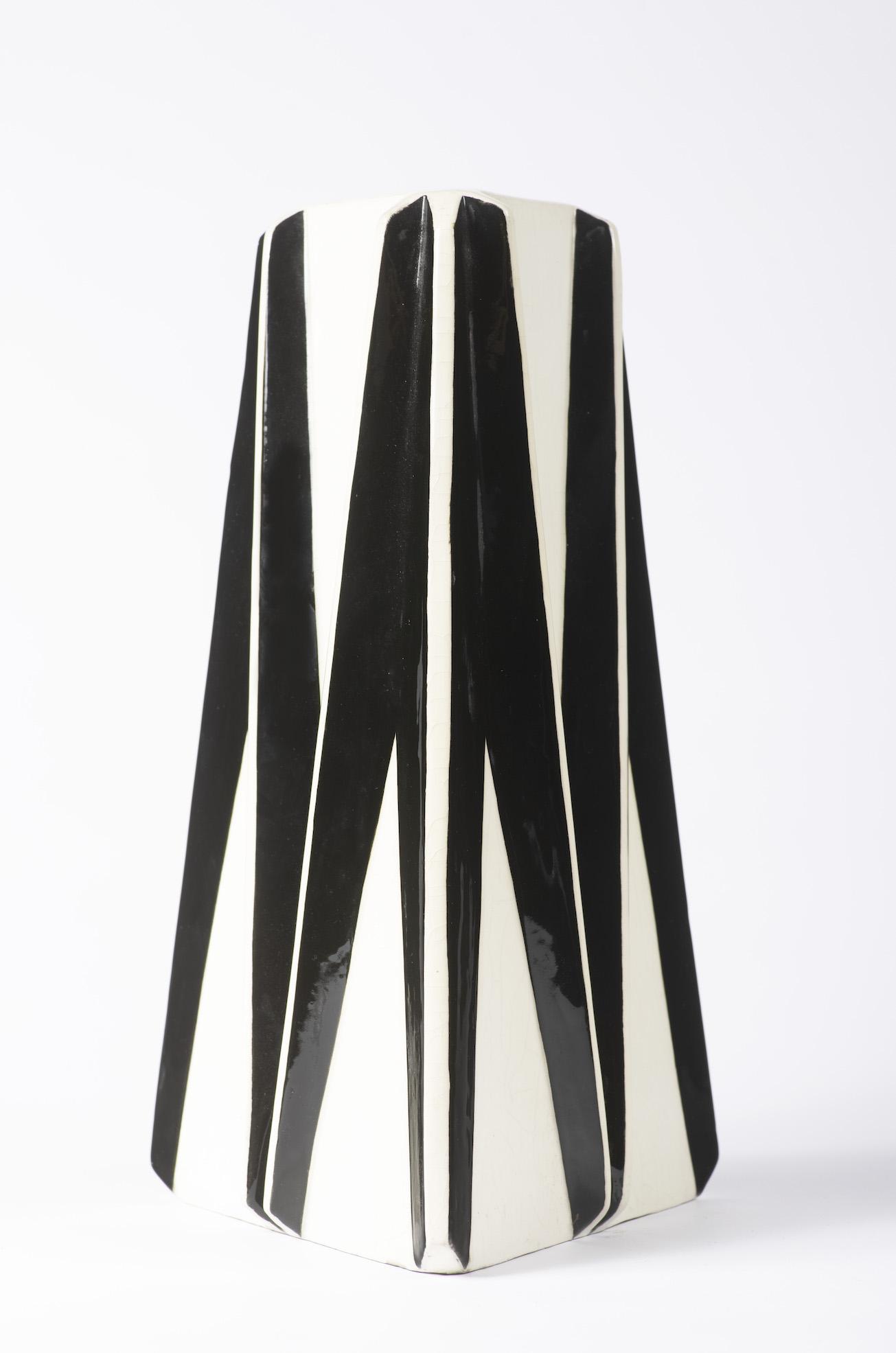 kubisticka vaza hofman aukce
